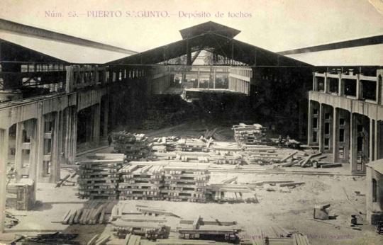 40-26-puerto-sagunto-depositos-de-tochos.jpg